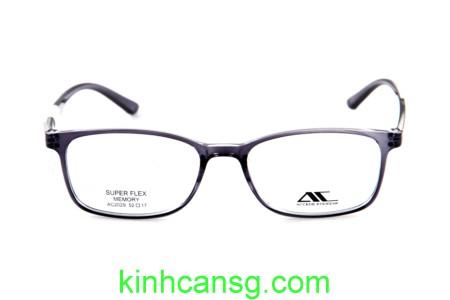 đeo kính đi xe máy khi mưa